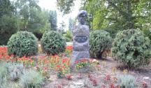 Споменици